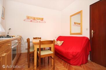 Žrnovska Banja, Dining room in the apartment, WIFI.