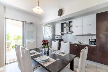 Dining room    - A-10056-c