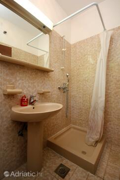 Bathroom 3   - A-10057-a