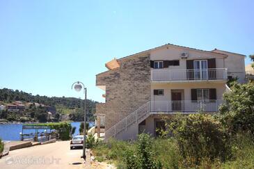 Brna, Korčula, Property 10057 - Apartments by the sea.