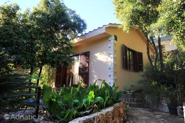 Uvala Vrbovica, Korčula, Property 10069 - Apartments near sea with pebble beach.