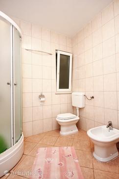 Bathroom    - A-10080-b