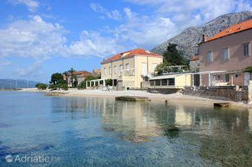 Orebić, Pelješac, Property 10084 - Apartments near sea with pebble beach.