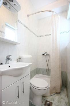 Bathroom    - A-10085-b