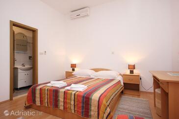Bedroom    - A-10087-b