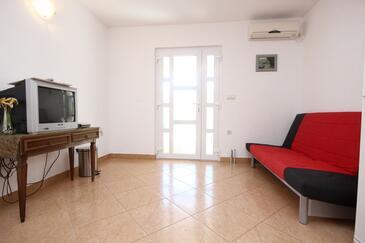 Orebić, Obývacia izba v ubytovacej jednotke apartment, dostupna klima, dopusteni kucni ljubimci i WIFI.