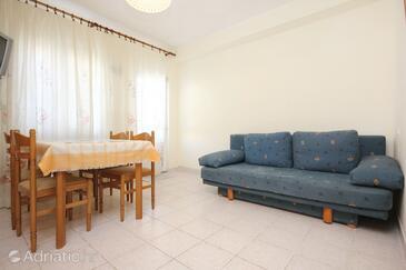 Orebić, Jídelna v ubytování typu apartment, domácí mazlíčci povoleni a WiFi.