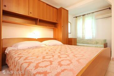 Bedroom    - A-10093-b