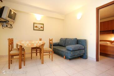 Orebić, Salle à manger dans l'hébergement en type apartment, animaux acceptés et WiFi.