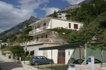 Pisak, Omiš, Property 1010 - Apartments near sea with pebble beach.