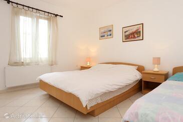 Bedroom    - A-10100-b