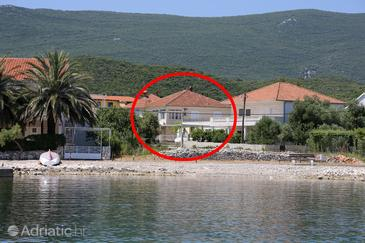 Sreser, Pelješac, Property 10108 - Apartments near sea with pebble beach.