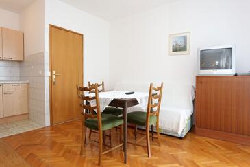 Trpanj, Jídelna v ubytování typu studio-apartment, WiFi.