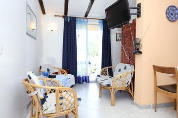 Žuljana, Obývacia izba 1 v ubytovacej jednotke apartment, WIFI.