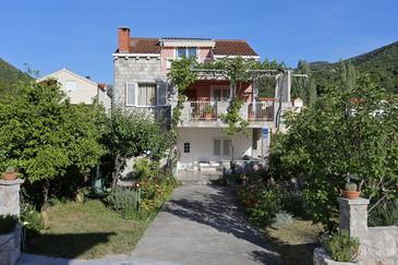 Žuljana, Pelješac, Property 10112 - Apartments near sea with sandy beach.