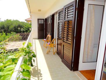 Balcony    - K-10117
