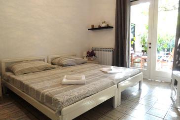 Bedroom    - K-10117