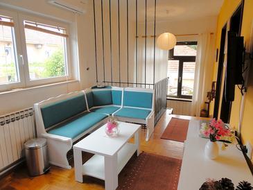 Dining room 2   - K-10117