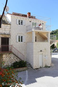 Trstenik, Pelješac, Property 10119 - Apartments near sea with pebble beach.