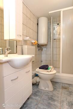 Bathroom    - A-10123-b