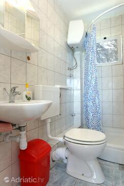 Bathroom    - A-10123-c