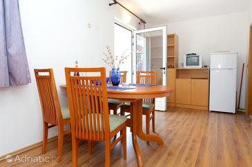 Dining room    - A-10123-c