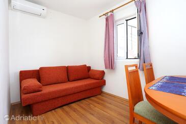 Žuronja, Obývací pokoj v ubytování typu apartment, s klimatizací a WiFi.