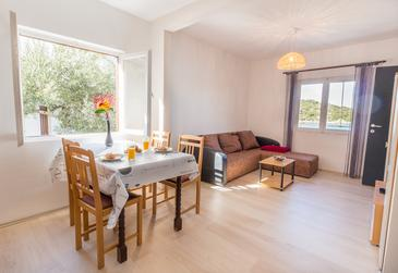 Žuronja, Living room in the apartment, (pet friendly) and WiFi.