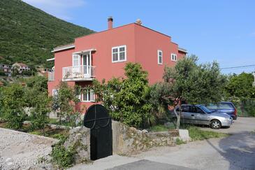 Trpanj, Pelješac, Объект 10136 - Апартаменты вблизи моря с галечным пляжем.