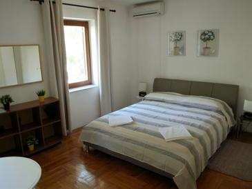 Bedroom    - A-10153-e