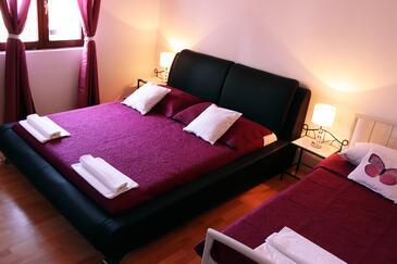 Bedroom    - A-10156-a
