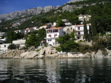 Pisak, Omiš, Property 1016 - Apartments near sea with pebble beach.