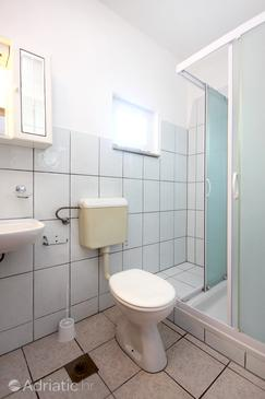 Bathroom    - A-10166-e