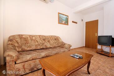 Orebić, Obývací pokoj v ubytování typu apartment, s klimatizací a WiFi.