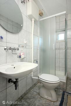 Bathroom    - K-10175