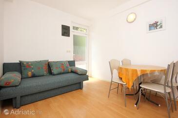 Trpanj, Dining room in the apartment, dostupna klima i WIFI.