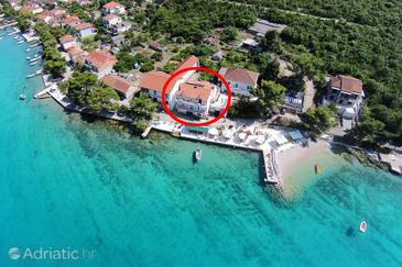 Lovište, Pelješac, Property 10181 - Apartments and Rooms near sea with pebble beach.