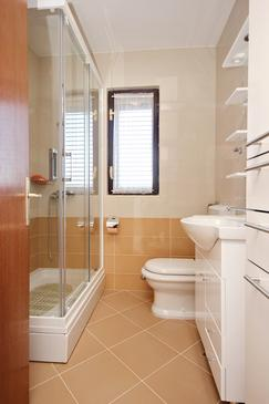 Bathroom    - A-10182-b