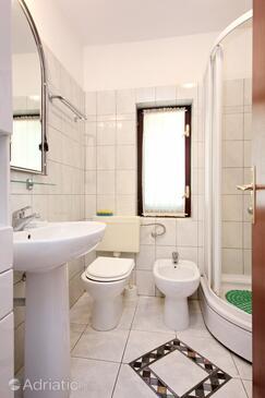 Bathroom    - A-10182-c