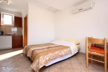 Viganj, Living room in the apartment, dostupna klima i WIFI.