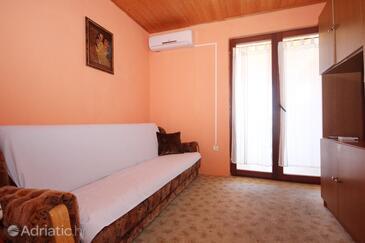 Orebić, Obývací pokoj v ubytování typu studio-apartment, s klimatizací.
