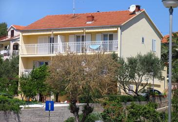 Stari Grad, Hvar, Property 102 - Apartments near sea with pebble beach.