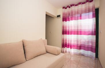 Mokalo, Obývací pokoj v ubytování typu studio-apartment, domácí mazlíčci povoleni a WiFi.