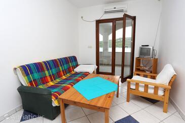 Luka Dubrava, Living room in the apartment, dostupna klima i WIFI.