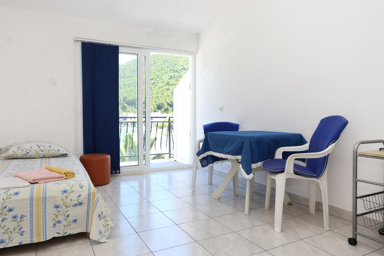 Holiday apartment im Ort }uljana (Peljeaac), Kapazität 2+2 (1495760), Zuljana, Island of Peljesac, Dalmatia, Croatia, picture 3