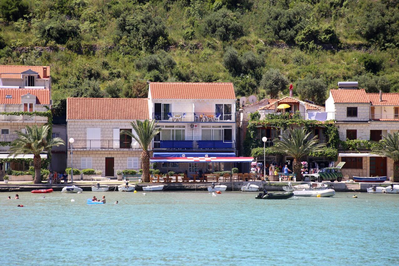 Holiday apartment im Ort }uljana (Peljeaac), Kapazität 2+2 (1495760), Zuljana, Island of Peljesac, Dalmatia, Croatia, picture 1