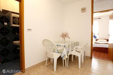 Blaževo, Dining room in the apartment, dopusteni kucni ljubimci.