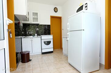 Blaževo, Kitchen 1 in the apartment, dopusteni kucni ljubimci.