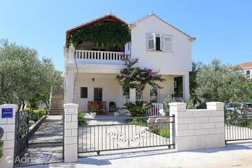 Mali Ston, Pelješac, Объект 10226 - Апартаменты вблизи моря с галечным пляжем.