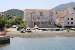 Apartments and rooms by the sea Hodilje (Pelješac) - 10234